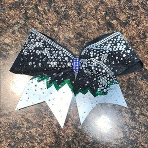 Accessories - Black, Green and White Bling Bow